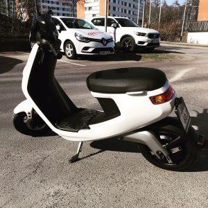 ahlsens-trafikskola-moped